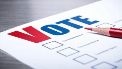 Voters-ballot-close-up-cm