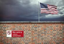 Wall-on-the-border-of-the-USA--cm